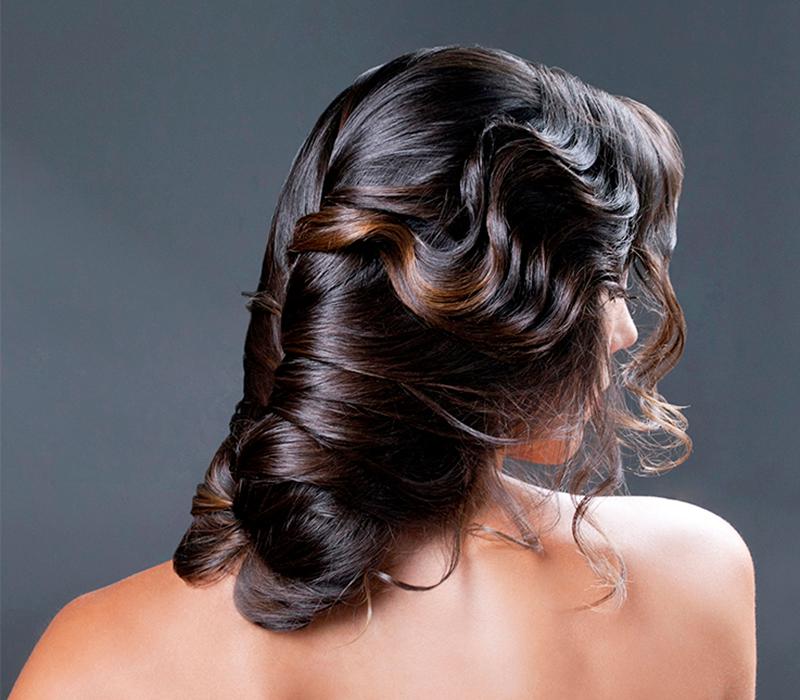 Peinados de novias 2018 5 ideas para poner en pr ctica for Recogido bajo trenzado