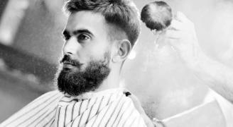 ¿Qué tipo de bigote sienta mejor a cada cliente masculino?