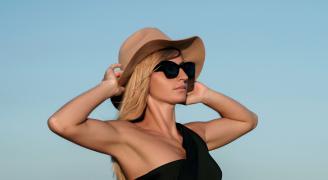 4 Consejos para cuidar el cabello de tus clientes ante la exposición al sol