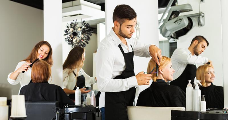 5 Trucos y consejos para no equivocarte al elegir un curso de peluquería