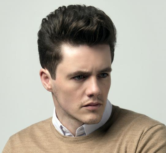 Men's modernized classic haircut