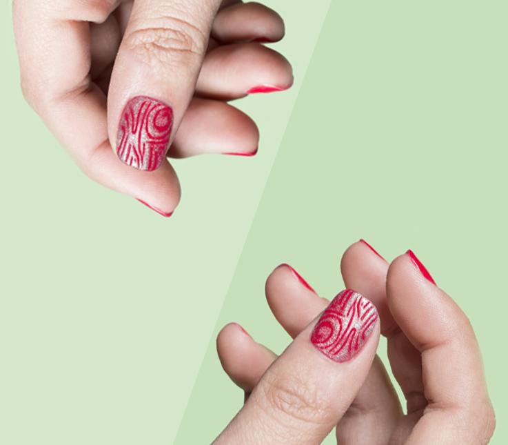 Decoración de uñas con punzón y esmaltado semipermanente
